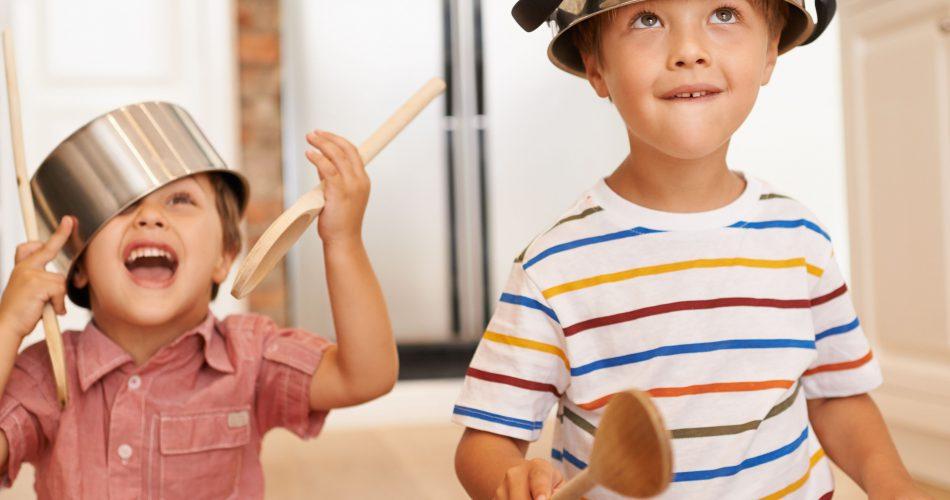 آموزش مفهوم داخل و خارج به کودکان